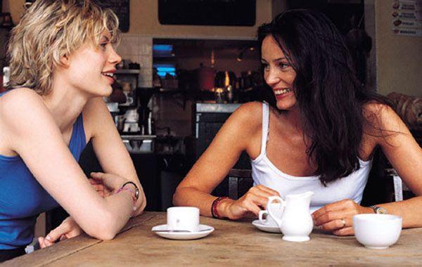 El hecho de socializar reduce el estrés y la ansiedad que la mayoría de las mujeres.