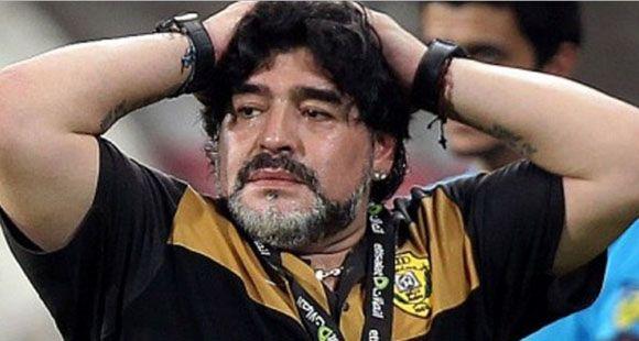 Maradona pidió perdón tras la dura goleada que sufrió Al Wasl