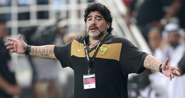 Maradona denunció conspiración contra su equipo en la Liga de Emiratos Arabes