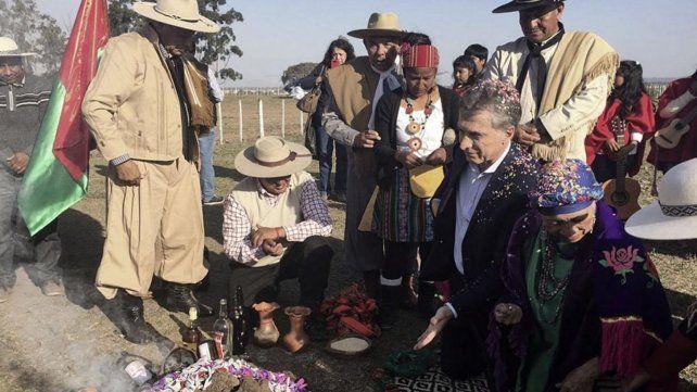 El presidente estuvo en la celebración de la Pachamama.