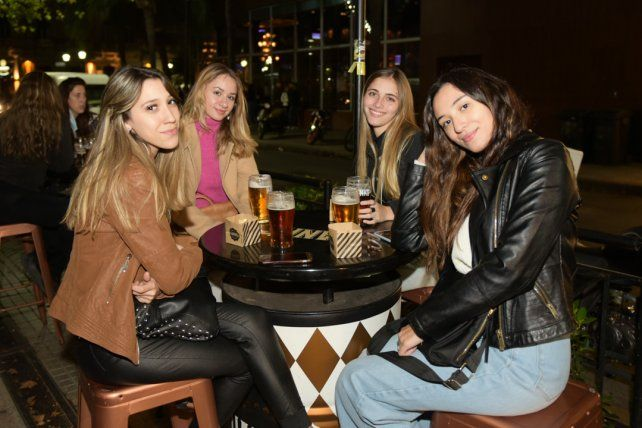 Magali Salerno, Agustina Dominguez, Azul Tabini y Juliana Taborda