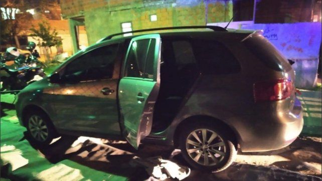 Los ocupantes de un Surán al parecer el auto en el que iban los que se tirotearon con Damián M.