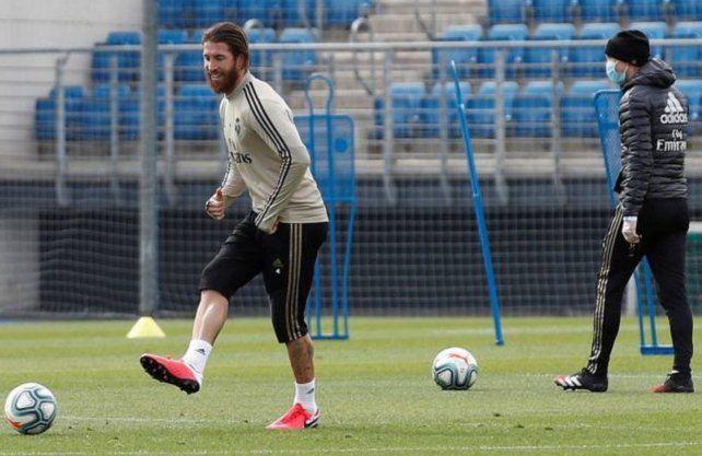 Real Madrid busca recortar salarios por la pandemia