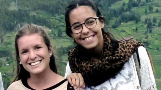 El cónsul argentino y la familia de las chicas asesinadas discrepan de la versión oficial.