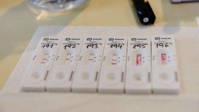 Argentina promedia 12.551 casos diarios de Covid-19 en la última semana