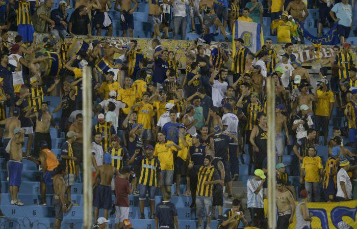 Los canallas acompañaron al equipo en buen número a Montevideo.