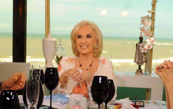 Mirtha Legrande vuelve a los almuezos y cenas desde el Costa Galana.