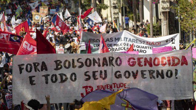 Las protestas contra Bolsonaro se registraron en 400 ciudades del país.