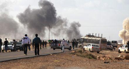 Kaddafi atacó hacia el este con armas pesadas, pero fue rechazado