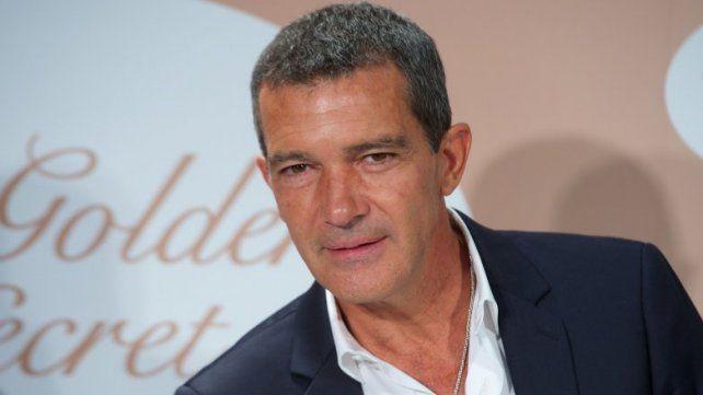 Antonio Banderas fue internado de urgencia en un hospital suizo