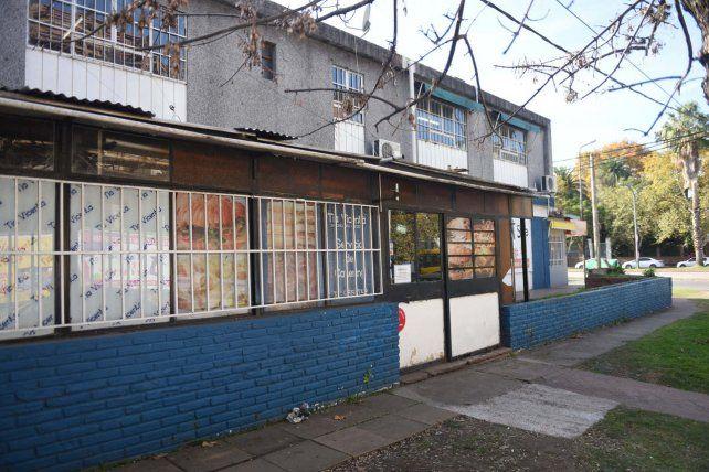 Tía Vicenta está ubicada en Blas Parera al 700