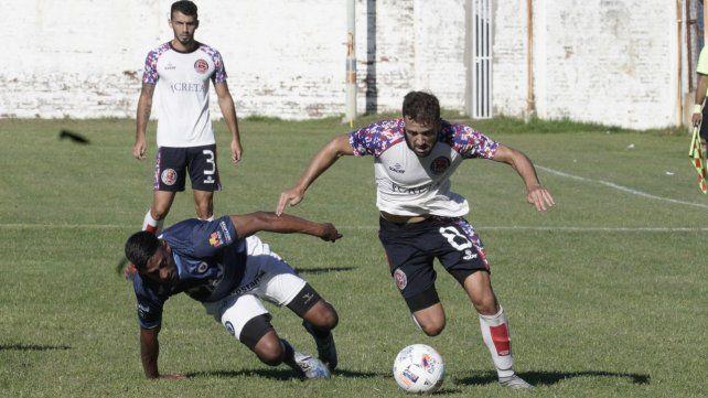Sigue arriba: El equipo de barrio Tablada igualó en el Gabino Sosa y sigue como único puntero en la Primera C.