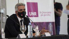 El rector de la UNR Franco Bartolacci.