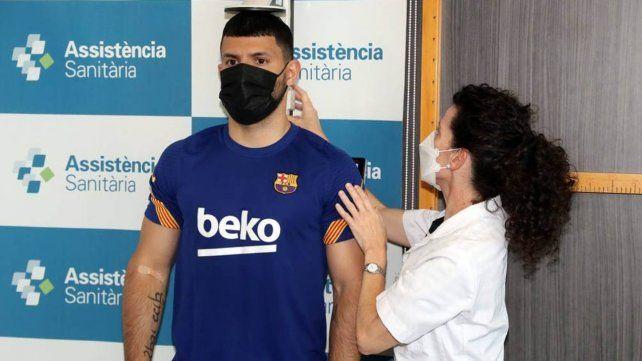 Pasó el examen. Agüero realizó la revisión médica y luego fue confirmado como nueva incorporación de Barcelona.