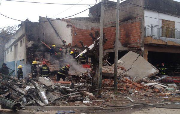 Dos muertos por la explosión de un depósito de matafuegos