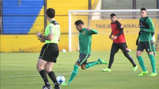 Los titulares de Central igualaron sin goles ante Patronato en un amistoso en Arroyo Seco