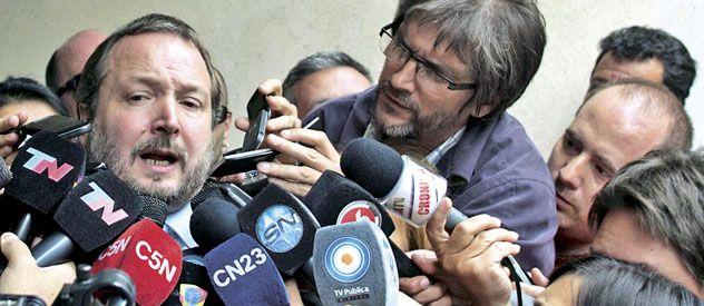 Apurar los tiempos. Sabbatella volvió a criticar al Grupo Clarín por supuestas medidas dilatorias.