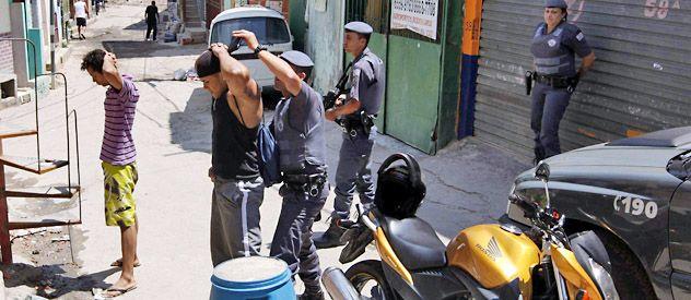 La lucha por la supremacía en la venta de drogas jaquea a las fuerzas de seguridad.