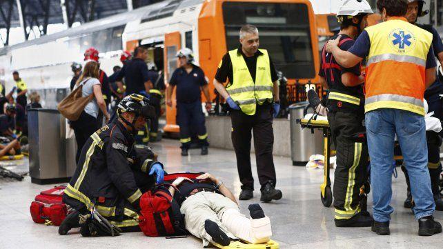 Accidente de un tren en Barcelona deja medio centenar de heridos