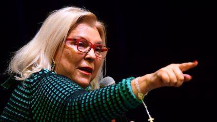 Elisa Carrió apuntó a Cristina por la crisis política que atraviesa la gestión de Alberto Fernández.