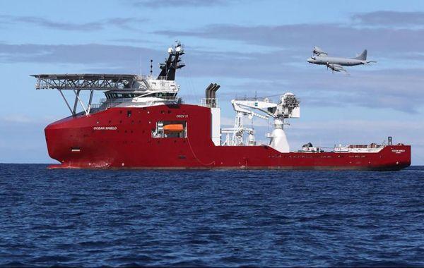 Aviones y embarcaciones están involucradas en el intento de hallar alguna evidencia física del avión.