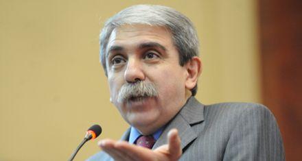 Aníbal Fernández dijo que es un sinsentido proponer una reforma de la Constitución