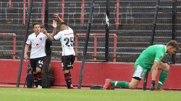 Panchito González y Enzo Cabrera viajan hoy a la capital provincial. Newells vuelve a medirse con Unión en dos partidos.