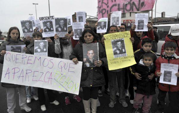 Familiares y amigos exigen la aparición de Gerardo Escobar.