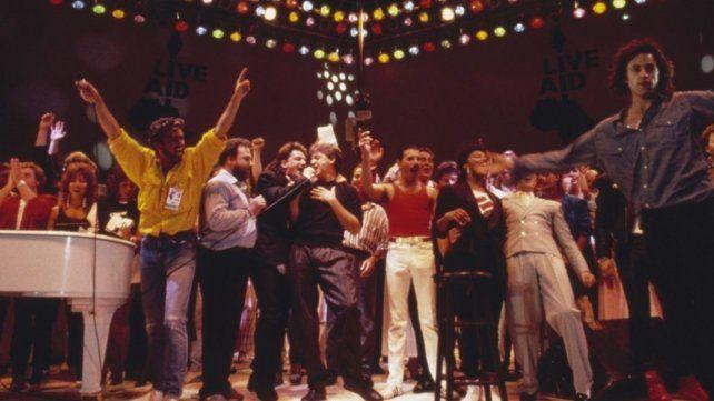 Artistas durante el Live Aid en el estadio Wembley