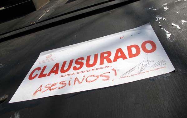 El decreto lleva las firmas de Asegurado y Rodrigo Gutiérrez