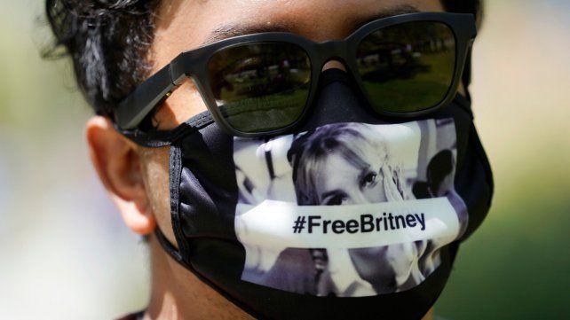 Britney Spears ganó media batalla pero su padre aún mantiene la tutela