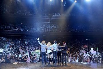 Los TeenAngels debutaron ayer en el Teatro Gran Rex a sala llena