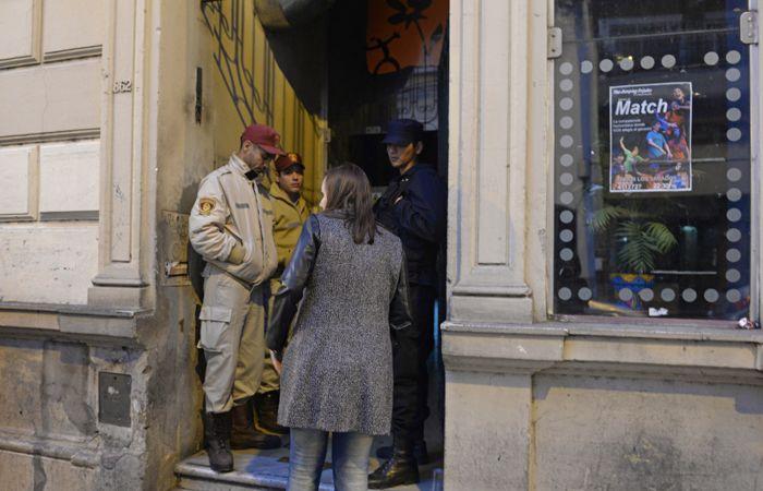 El bar de Mendoza al 800 fue clausurado y se investiga las causas que provocaron la tragedia. (Foto: S. Suárez Meccia)