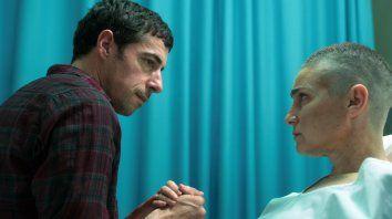 Situación límite. Esteban Lamothe compone a Federico, el marido de María (Valeria Bertuccelli), quien transita los últimos días de su vida por un cáncer terminal.