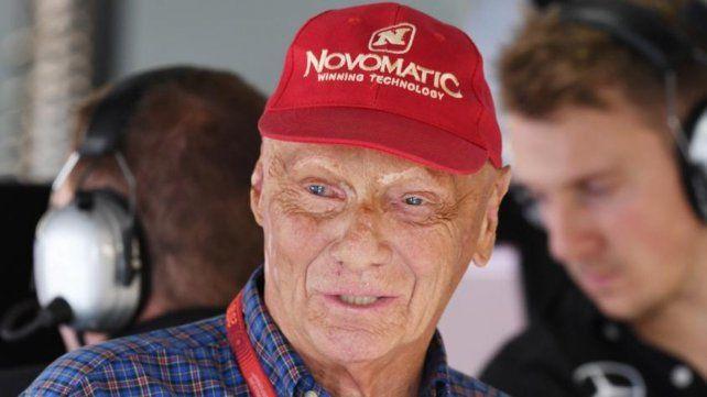 Leyenda. El ex piloto fue presidente no ejecutivo de Mercedes Benz.