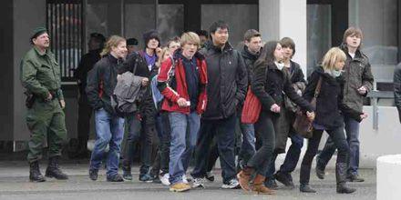 Un joven armado causa una matanza en un colegio de Alemania: 15 muertos