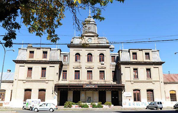 Bellísima. En las instalaciones de la estación Central Córdoba hoy funcionan el Belgrano Cargas y un museo.