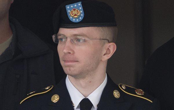 A la cárcel. Manning