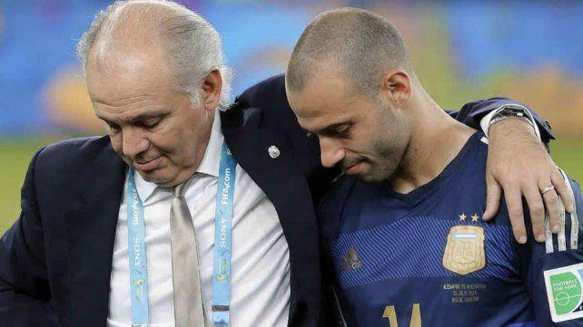 El mundo del fútbol se volcó a las redes sociales para saludar a Sabella