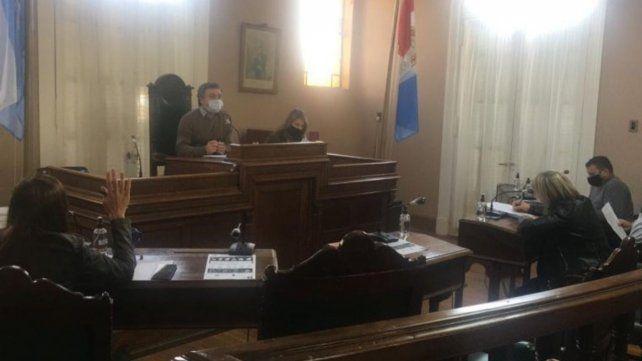 En Casilda se renovarán tres bancas de concejales.