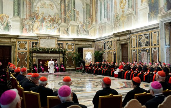 Ducha fría. Jorge Bergoglio usó sus originales dotes de pastor para describir los defectos de la dirigencia eclesial.