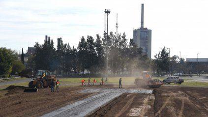 Avanza la construcción de un helipuerto en el parque Alem.