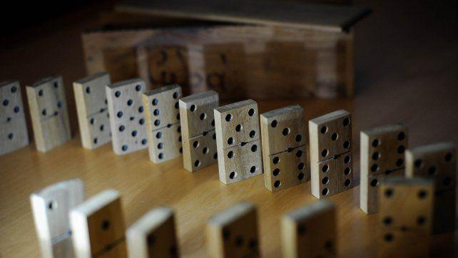 Cómo se juega al dominó: reglas y pasos de un entretenimiento milenario