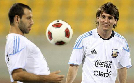 Mascherano le restó hoy presión al capitán y máxima figura del equipo