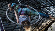Lira, uno de los elementos aéreos, en la Escuela Municipal de Artes Urbanas.