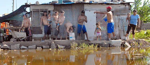 La mejora general alejó la posibilidad de que se hicieran evacuaciones. Había 300 familias en riesgo. (Foto: F. Guillén)