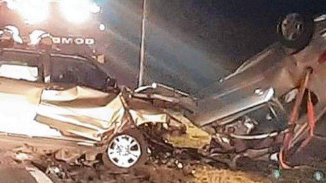 Frontal. El impacto fue fatal para los dos conductores.