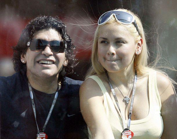 Verónica Ojeda está embarazada de pocas semanas y asegura que el hijo que espera es de Maradona.