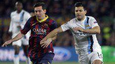 """Agüero podría volver al fútbol español, donde jugó de 2006 a 2011 para el Atlético de Madrid, ya que el Barcelona de su amigo Lionel Messi """"está pensando en contratarlo"""", publica hoy el diario londinense."""