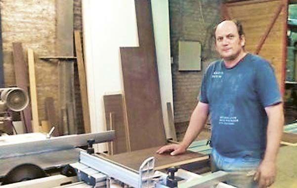 Legado. Leandro Beltrame es la tercera generación de la familia que se dedica a la industria del mueble.